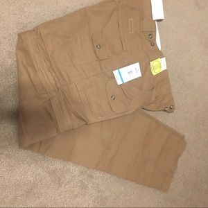 "NWT Cabela""s 2 in 1 outdoor pants w/ zip off legs"